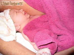 Moments after Birth establish breastfeeding no drugs natural parenting